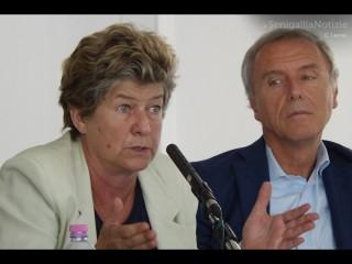 Susanna Camusso e Mauro Bussoni al convegno nazionale sul commercio a Senigallia, di venerdì 4 luglio 2014