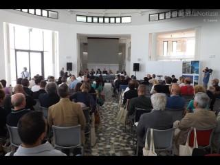 Il pubblico del convegno nazionale sul commercio a Senigallia, di venerdì 4 luglio 2014