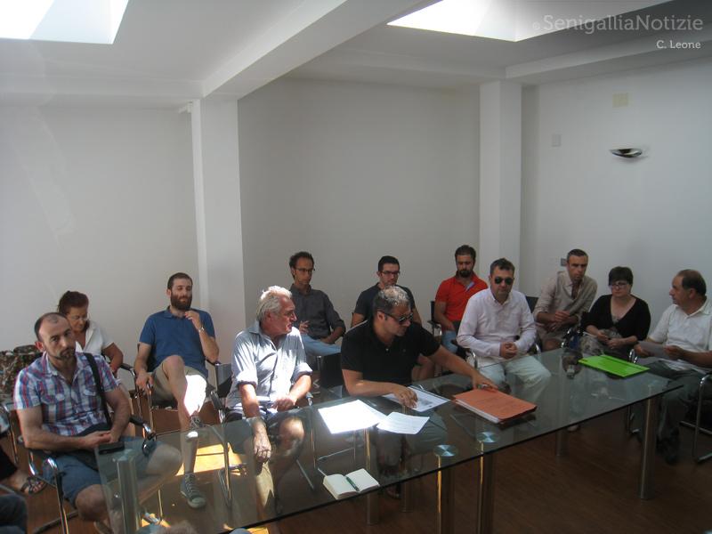 I componenti e il legale del Coordinamento dei comitati di cittadini senigalliesi alluvionati