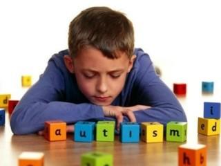 autismo, autistici