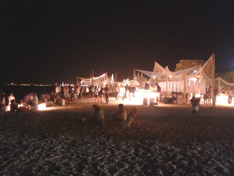 Demanio Marittimo.Km-278: allestimento in spiaggia