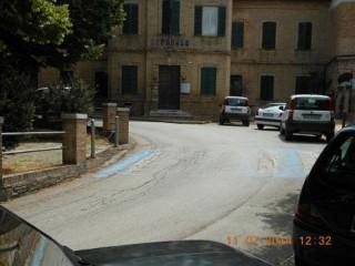 Ostra Vetere: le strisce pedonali al Girone