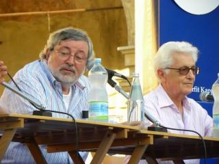 Francesco Guccini e Loriano Macchiavelli - Foto Borlandelli da loriano-macchiavelli.it