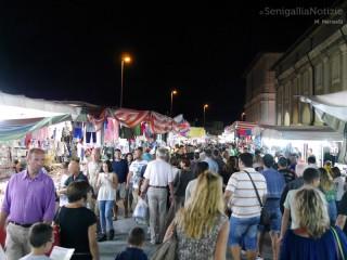 Fiera di Sant'Agostino: via Portici Ercolani