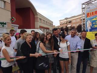 Taglio del nastro per l'inaugurazione della 24esima edizione della Fiera Campionaria di Sant'Agostino