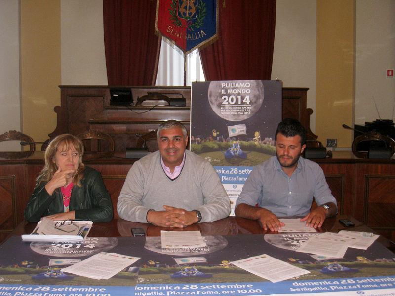 Presentata l'iniziativa di Legambiente Puliamo il mondo a Senigallia