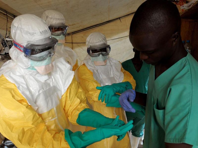 Cure contro l'epidemia di ebola in Africa