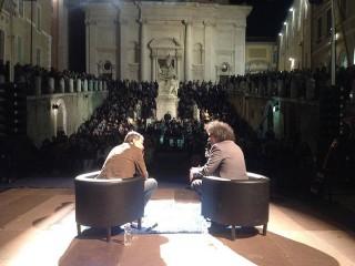 Simone Cristicchi ad Ancona per Sharper, la notte dei ricercatori