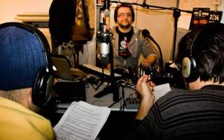 Il regista Demis Tarsi durante una diretta di Radio Monk