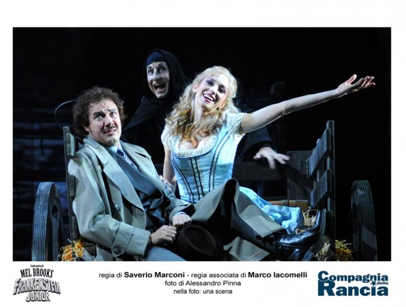Il musical Frankenstein Junior della Compagnia della Rancia al teatro La Fenice di Senigallia