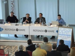 La presentazione di OpenMunicipio a Senigallia il 25 ottobre 2014: da sx Molinari, Cartocci, Alvino, Scaloni