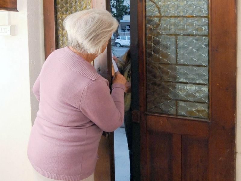 Truffa ad anziani