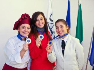 Studentesse del Panzini premiate con la medaglia d'oro all'incontro AEHT