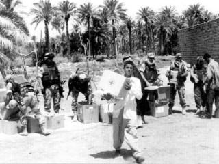 Foto di Giorgio Pegoli scattata in Iraq nel 2004