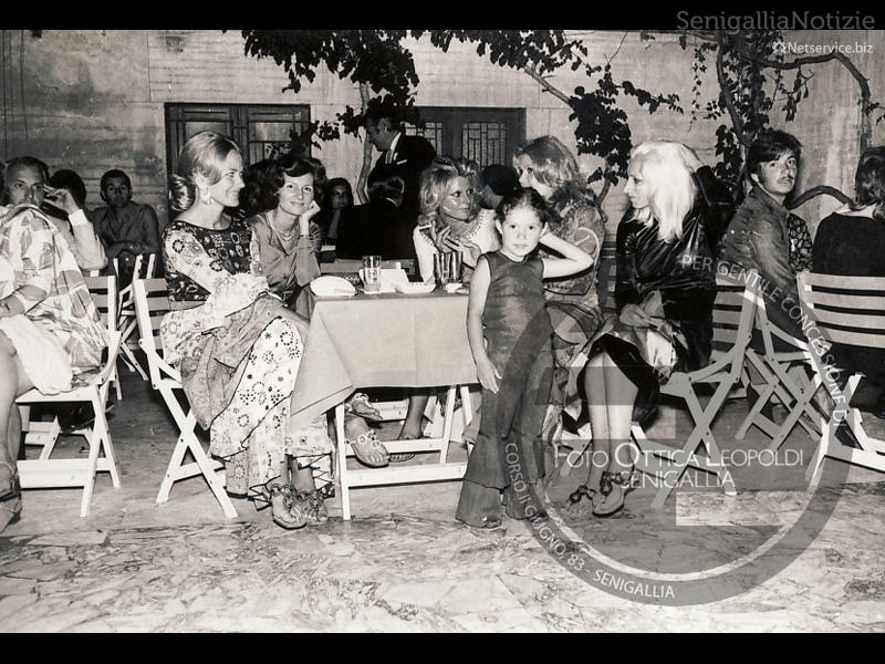 I volti in bianco e nero di Villa Sorriso - Foto Leopoldi