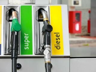 Stazione di servizio, distributore di benzina e metano
