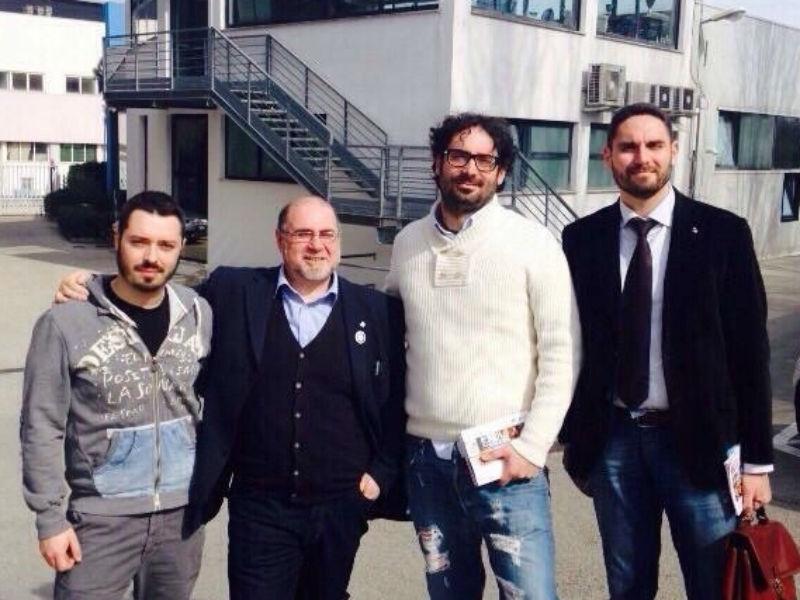 Mattia Crivellini coi rappresentanti delle aziende del Festival dell'Innovazione