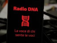 Radio DNA , la voce di chi sente le voci