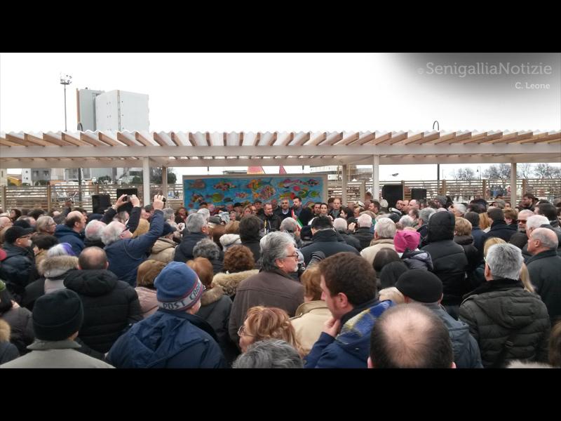 Inaugurazione della nuova pescheria al porto (piaz.le N.Bixio) di Senigallia