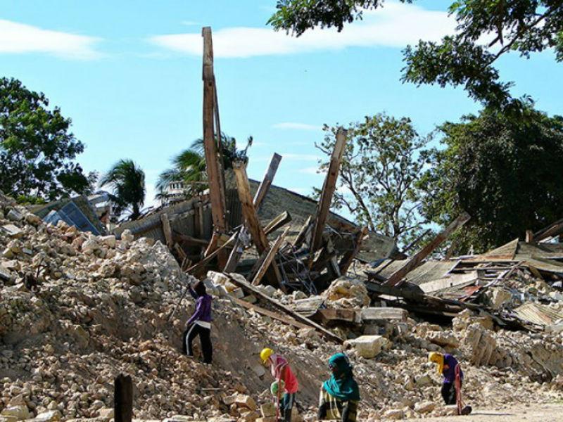 Nepal devastato dal terremoto del 25 aprile 2015