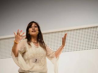 Silvia Falcinelli alla finale di Famelab 2015 all'Expo 2015