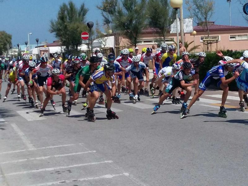 Primi km di maratona ai campionati italiani di pattinaggio