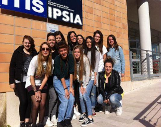 Studentesse IIS Padovano Senigallia