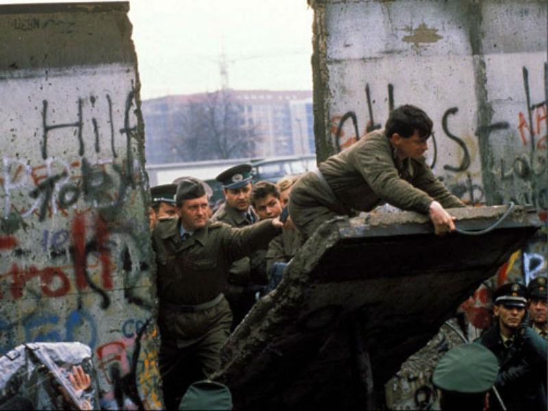 Caduta muro berlino