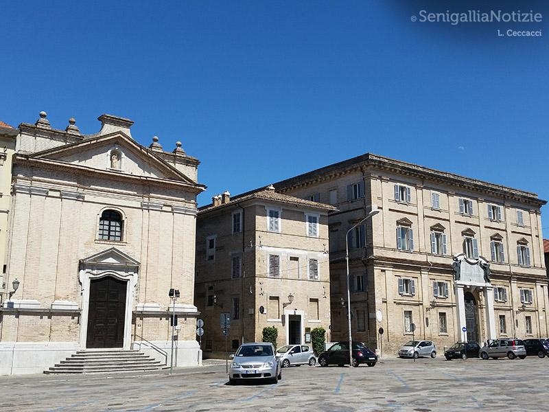Piazza Garibaldi, Auditorium San Rocco e scuola Fagnani