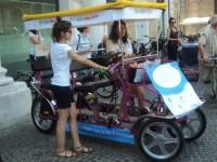 """La """"Bla Bla Car"""" usata per il trasporto dei conduttori di Caterpilar"""