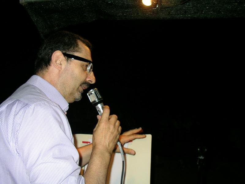 Mauro Pierfederici alla chiesa di Montedoro per Poesia nel silenzio 2015