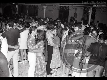 Ballo della mattonella a Villa Sorriso - Leopoldi 305