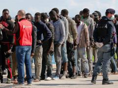 Rifugiati, profughi, immigrati