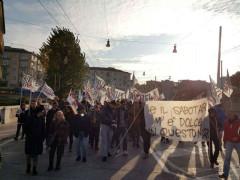 Corteo Trivelle Zero/Marche ad Ancona - foto da Facebook