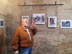 Arcangelo Valeri inaugura la mostra ad Ostra, presso la sala delle lance, sulla prima Guerra mondiale