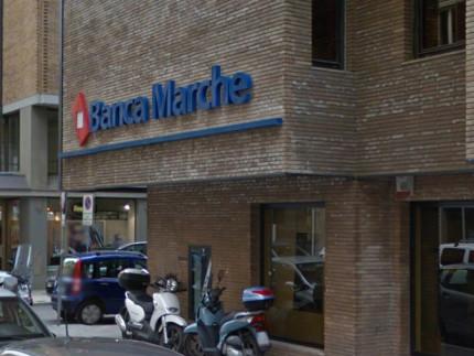 La filiale di Banca Marche ad Ancona, in via Marsala