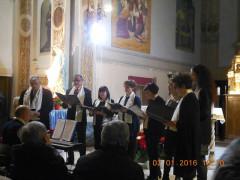 Il coro della Schola Cantorum a Ostra Vetere