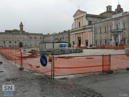 I lavori in piazza Garibaldi per il progetto Orti del Vescovo