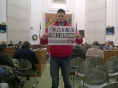 Blitz di Forza Nuova in Consiglio comunale a Fano