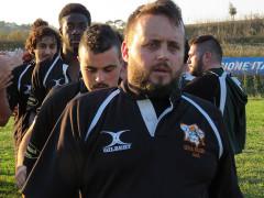 Il saluto dopo la partita tra Amtori Perugia e Senigallia Rugby