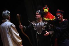 Una scena di Aladdin, il musical, al teatro La Fenice di Senigallia