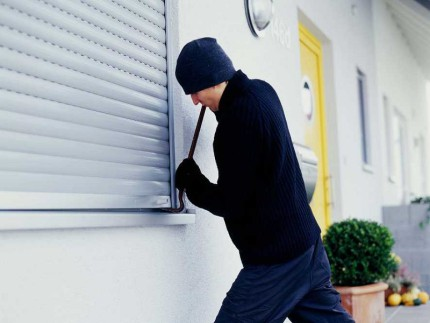 Ladri in appartamento, furti