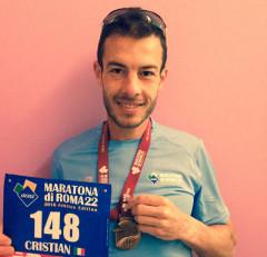 L'atleta di Senigallia Cristian Carboni alla 22esima maratona di Roma