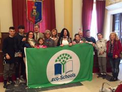 Al Comune di Senigallia la consegna della Bandiera Verde di Ecoshools all'istituto Marchetti