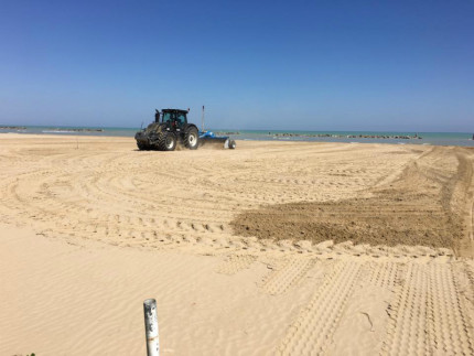 Ripascimento e livellamento della spiaggia di Senigallia