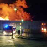 Vigili del Fuoco impegnati nell'incendio di un capannone alla Cesanella