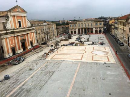 Piazza Garibaldi durante i lavori