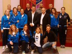 Le ragazze dell'Us Pallavolo Senigallia ricevute in Comune da sindaco e consigliere delegato
