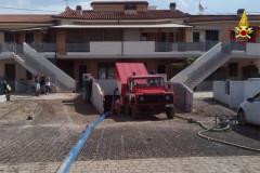 La pulizia dopo l'allagamento del 10 giugno sulla statale Adriatica nord al Cesano di Senigallia