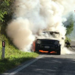 Auto a fuoco ad Arcevia
